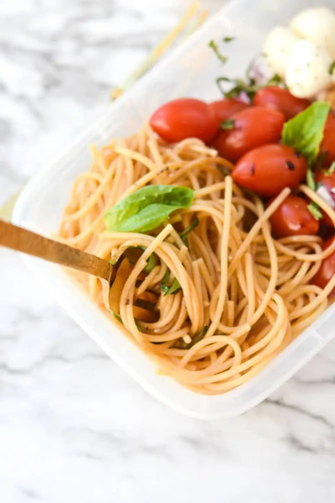 Caprese Cold Noodle Meal Prep -3