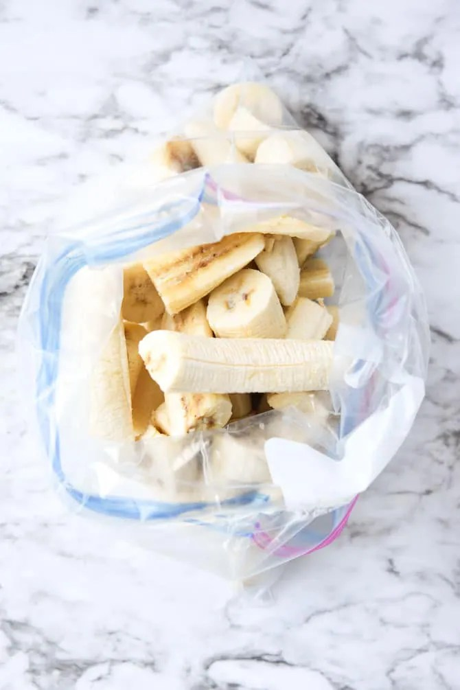 How to freeze bananas_in a bag