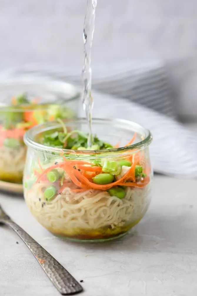Mason Jar Instant Noodle Cups adding water