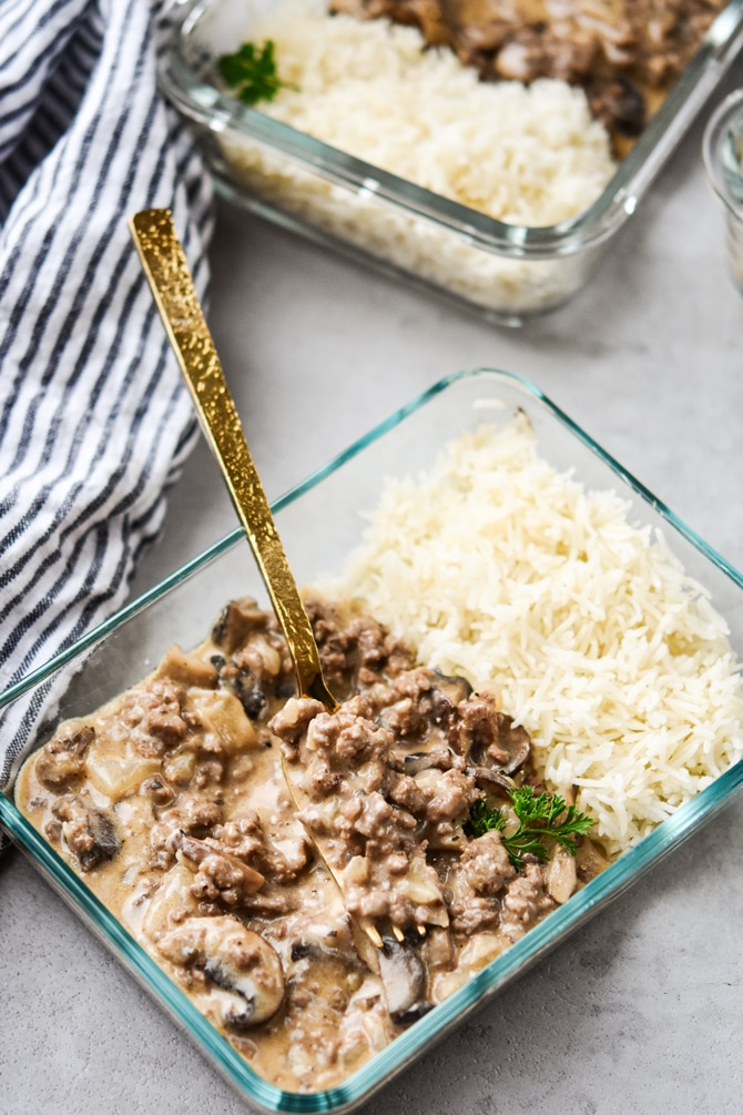 ground beef stroganoff single container with fork