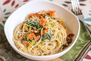 This Butternut Squash and Walnut Spaghetti would make an excellent dinner party recipe for special diets or a fun way to spice up your next meatless dish at home! This recipe is so easy to make, and a simple pasta recipe to make at home.