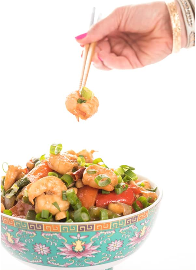 Kung Pao shrimp recipe for those that miss their takeout using these copy cat restaurant recipes. Save money plus help your family adapt more easily to a meal plan with these 20 restaurant favourite recipes.