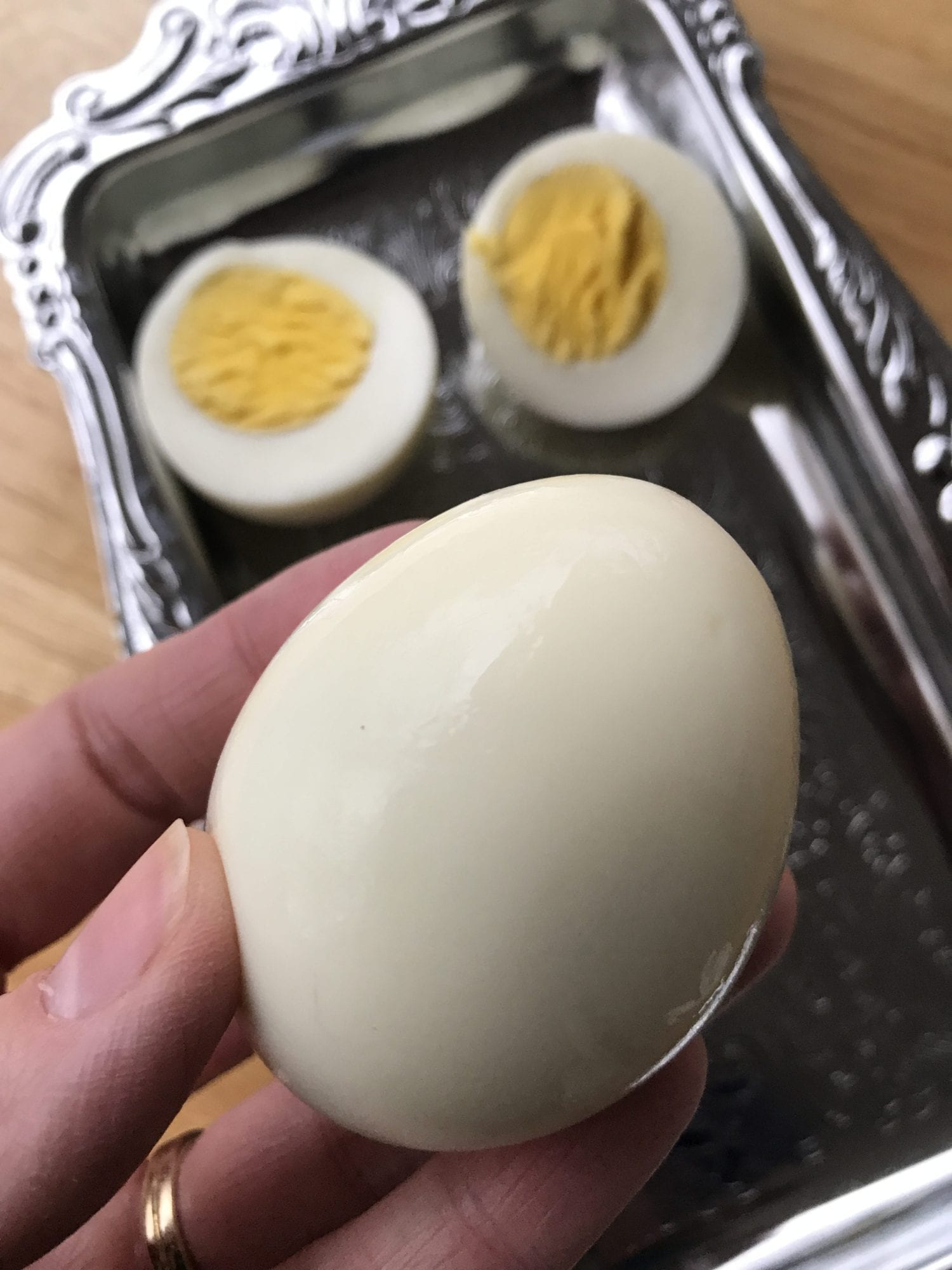 How to make hard boiled eggs in air fryer