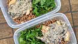 chicken mushroom arugula meal prep