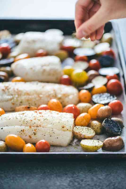 Paleo Whole30 Baked Cod and Veggies