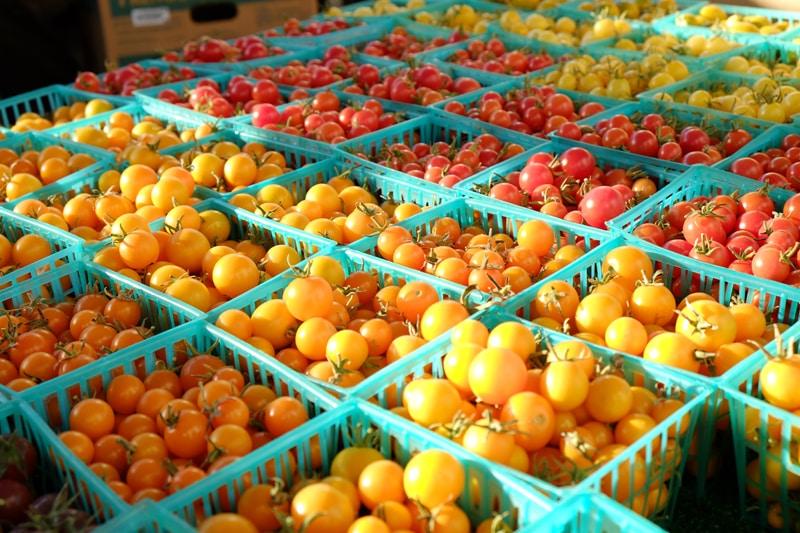 buy bulk at the farmers market