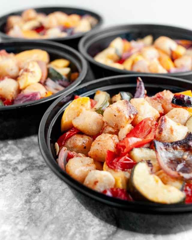 Roasted Mediterranean Cauliflower Gnocchi & Veggies - Meal prep Ideas