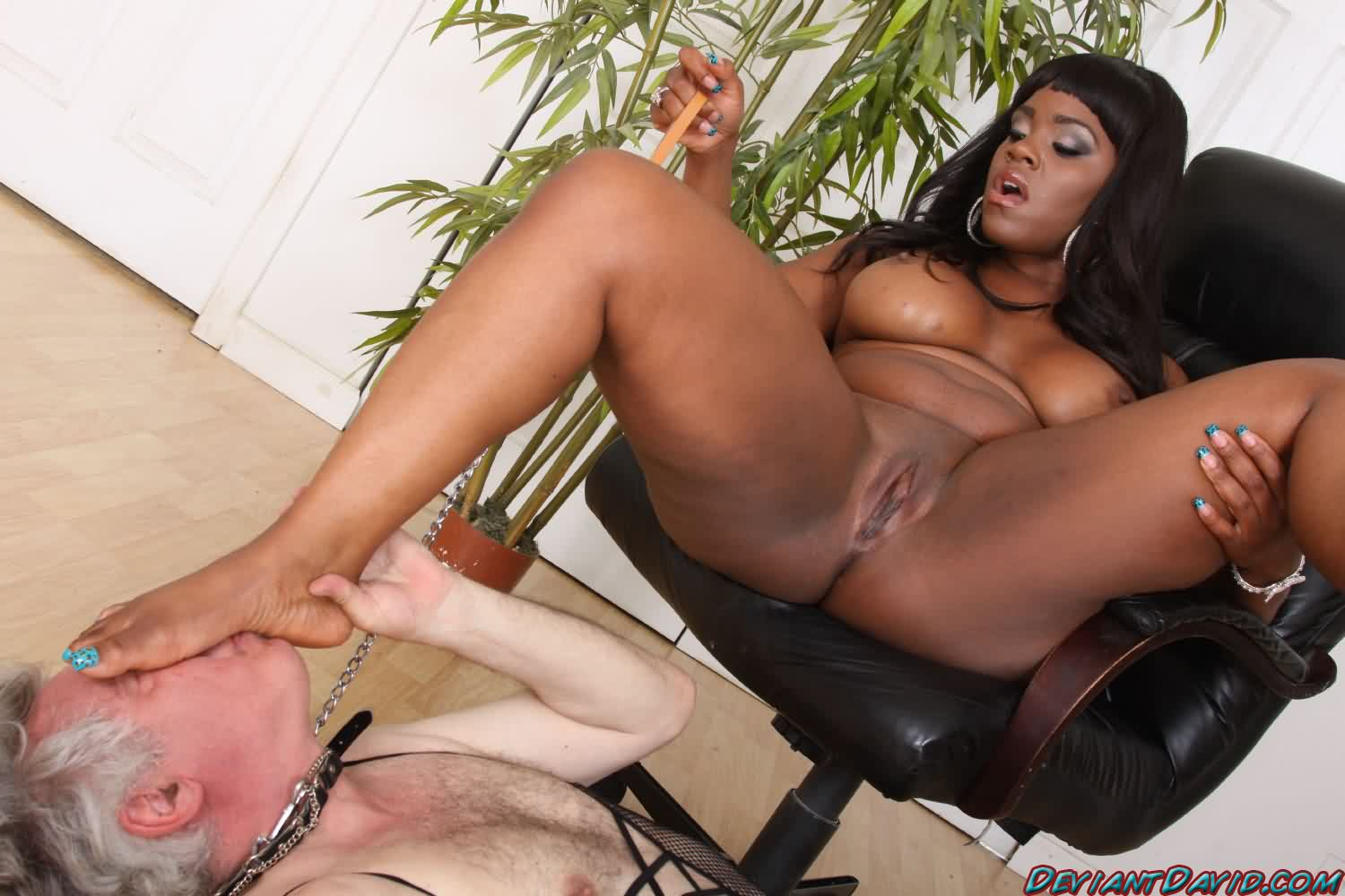 Bbw Ebony Mature Masturbation