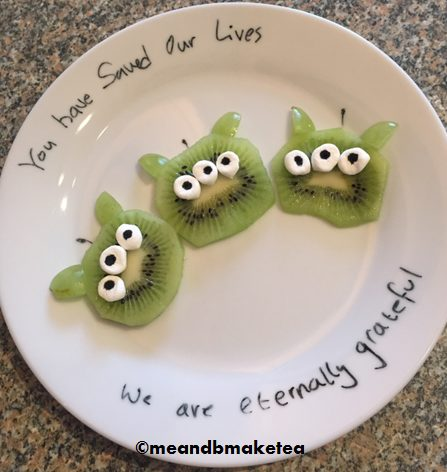 Healthy Fun Food for Children Me and B Make Tea_Disney