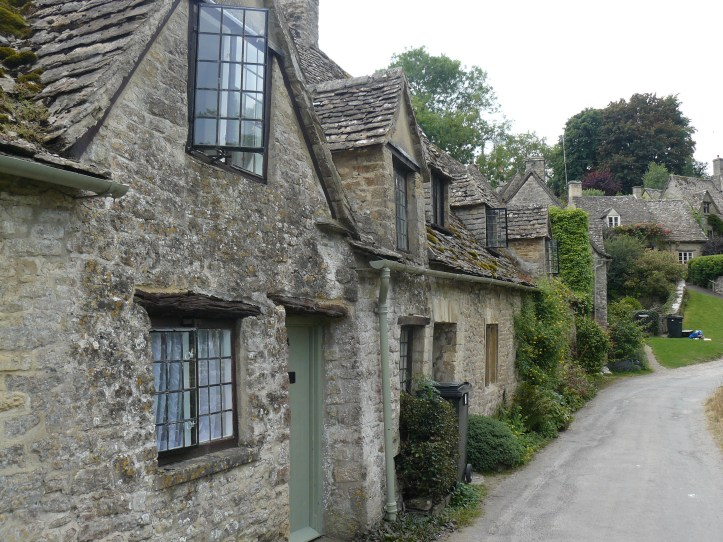 Arlington Row The Swan Bibury Cotswolds UK England village life pretty hot tub cottage pub accomodation hotel where to stay