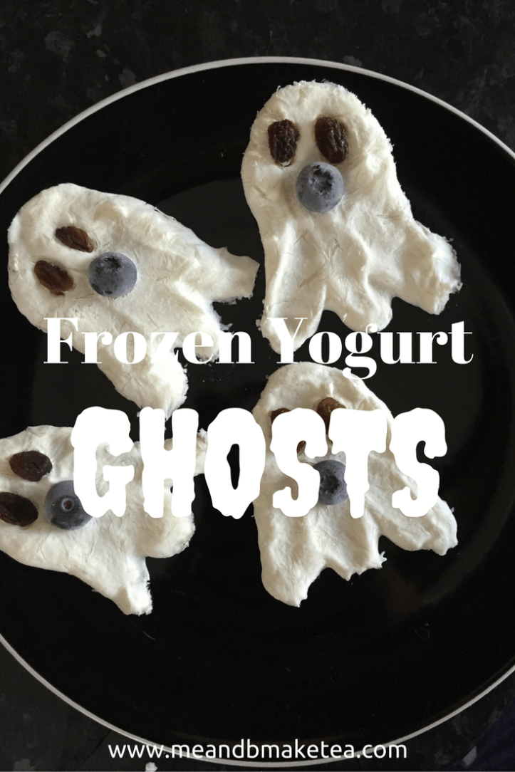 Frozen Yogurt Ghosts for Halloween party ideas review tried and tested kids