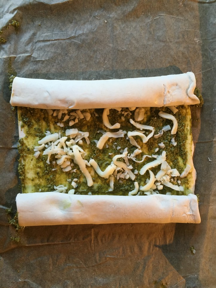 pesto cheese puff pastry pinwheels swirls in minutes for valentines hearts