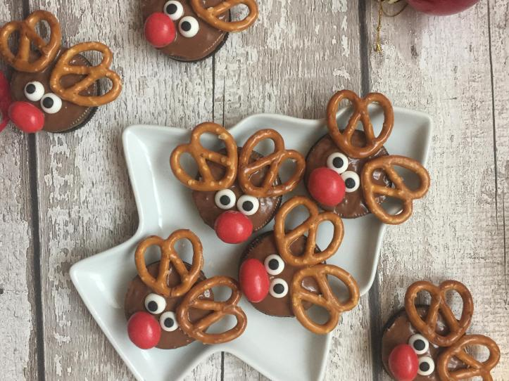 chocolate no bake christmas oreo reindeer cookies fun food ideas for kids