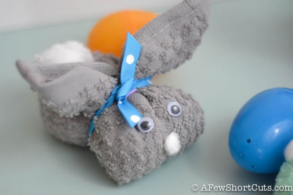 non chocolate gift ideas this easter for children kids bath bunny made from socks