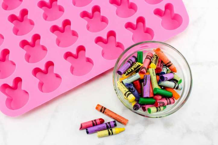 spring easter craft ideas for kids recycle crayons
