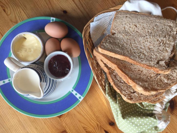 west withy farm cottages in Exmoor Devon perfect for digital detox family holiday farm breakfast
