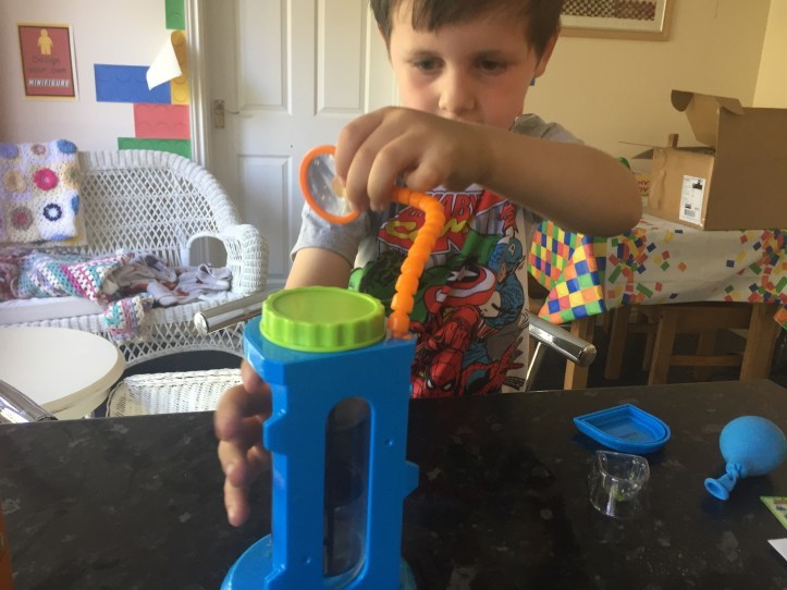 beaker creatures science stem learning fun with learning resources toys, our review of the magnifying chamber