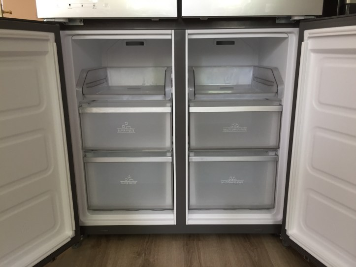 Hotpoint Active Quattro HQ9B1L American Fridge Freezer review freezer
