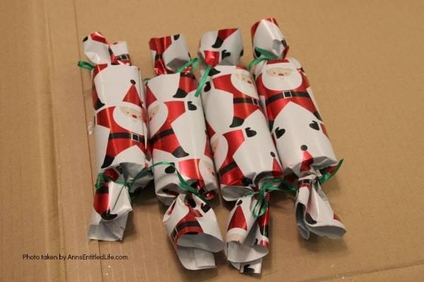 DIY Christmas Crackers Christmas activity to make with kids