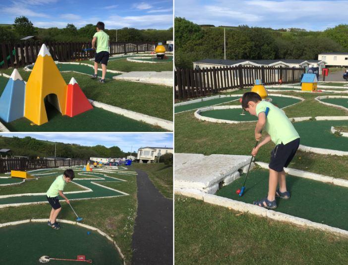 crazy golf at john fowler widemouth bay caravan park