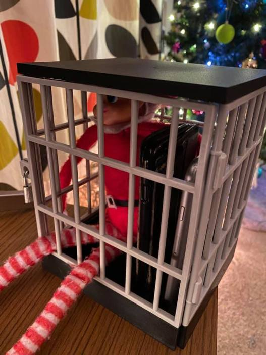 elf on the shelf in jail