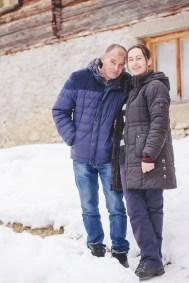 Merdovic-couple-outside