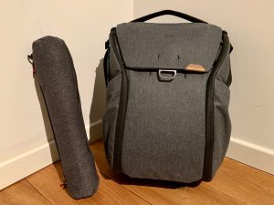 Video review – I returned the Peak Design 20L Zip Backpack for the MagLatch 20L V2