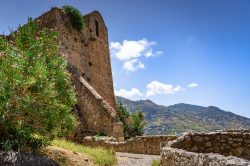 A look at the hike on Rocca di Cefalu in Sicily (Italy)