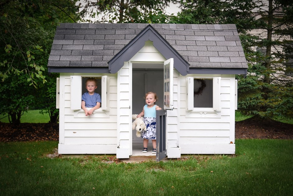 kids in a playhouse, Babs Mullinax, me and grace, me & grace, Fort Wayne photographer, photo gifts, lifestyle photography, family photos, ideas for family photos, indoor photography, fun family photographer, long-distance family