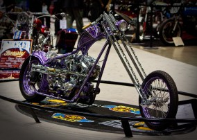Suicide Shifter Chopper - front