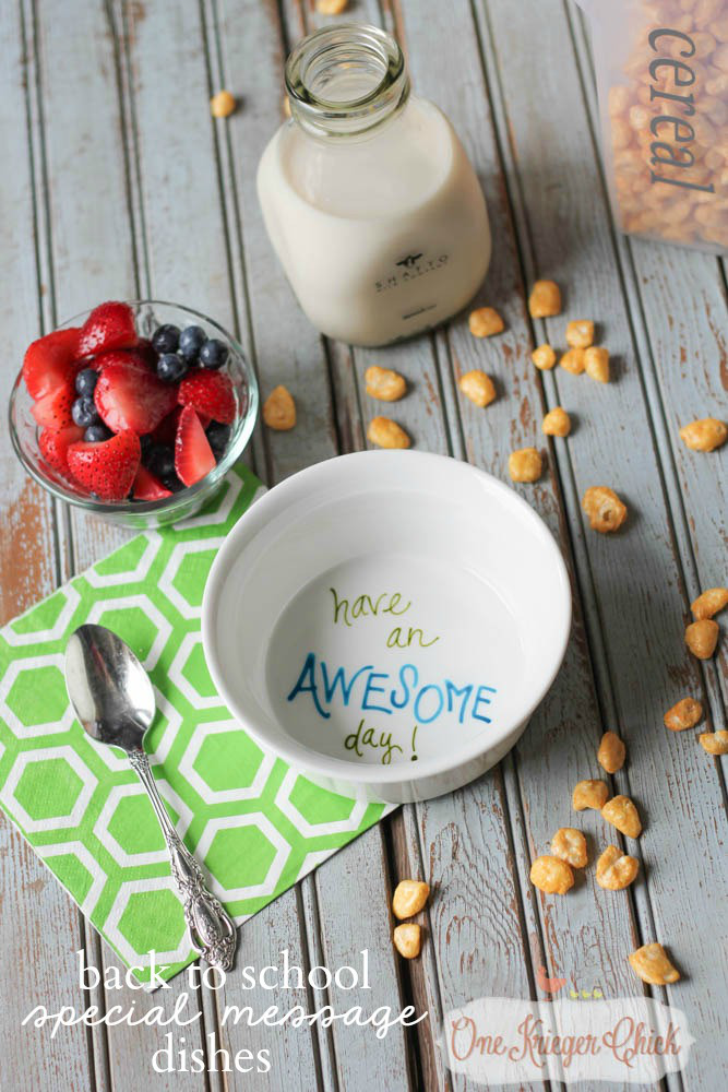 Make-your-own-Personalized-Special-Message-Dishes-in-less-than-15-minutes-perfect-for-kids-to-start-the-day-off-on-a-positive-note-OneKriegerChick.com_