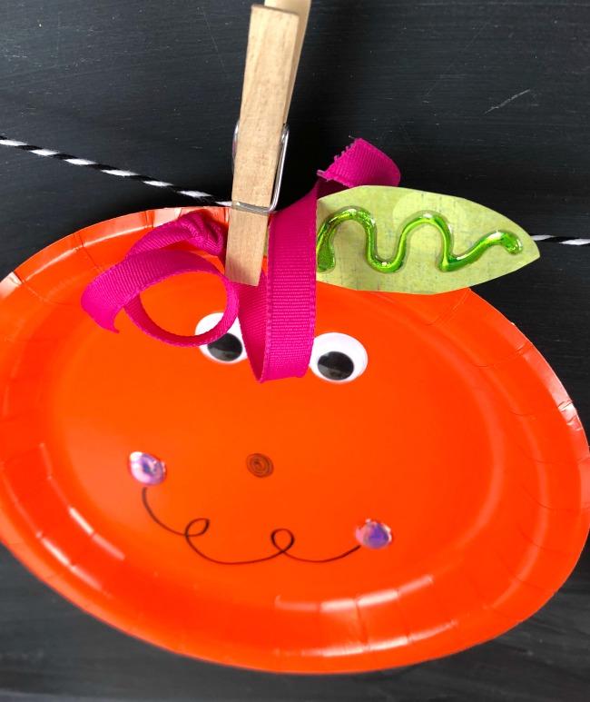 Paper Plate Pumpkins Garland