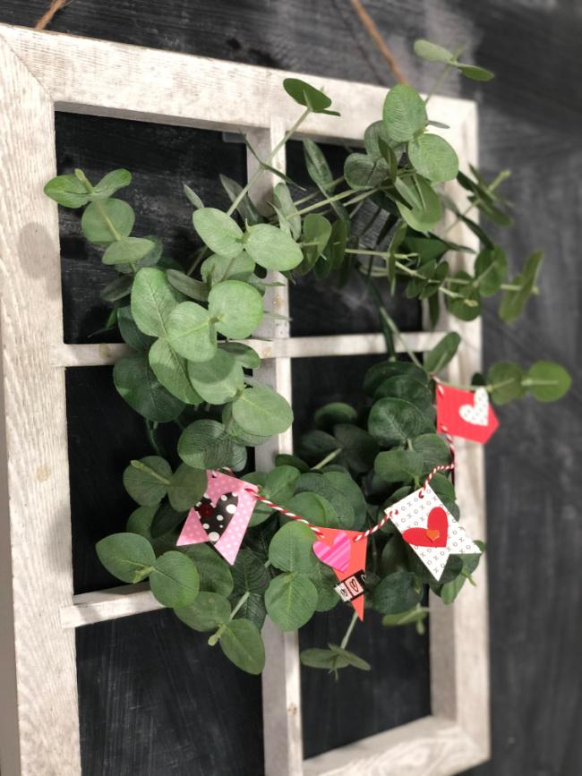 Mini Paper Valentine Garland