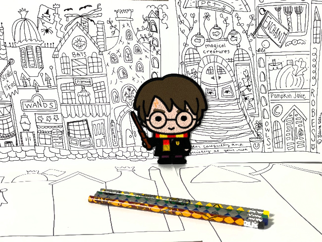 Harry Potter Diagon Alley Doodle Printables #harrypotterprintables #laurakellydesigns