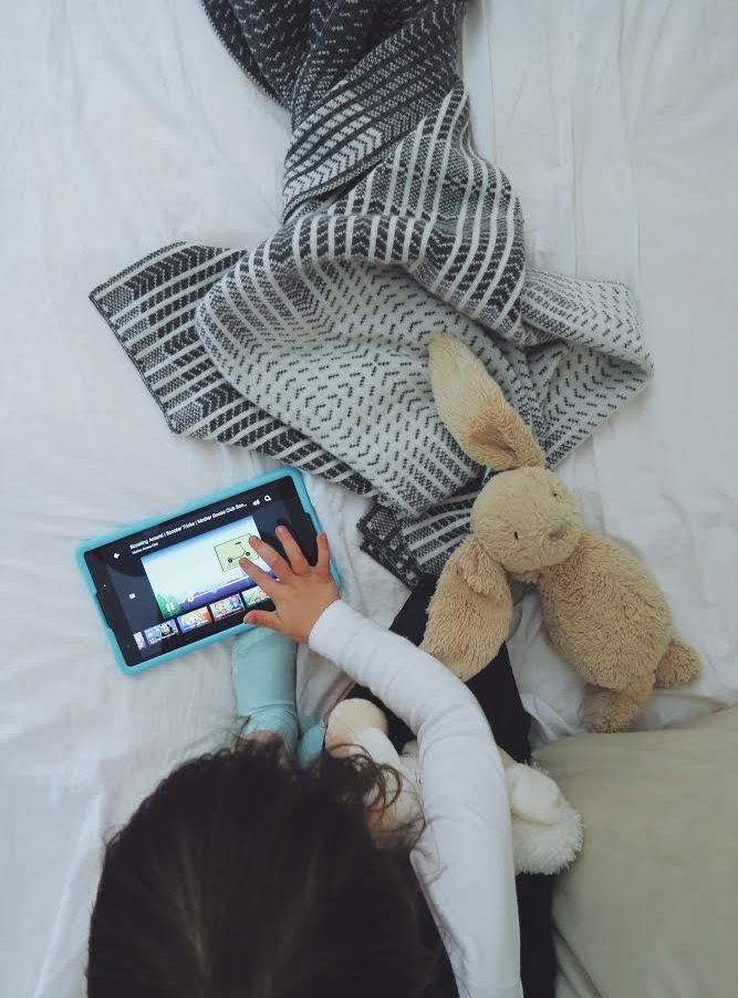 Healthy screen-time strategies for kids, with Lenovo Tab 4