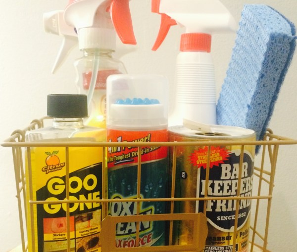 The Only Cleaning Products You Need & Their Natural Alternatives