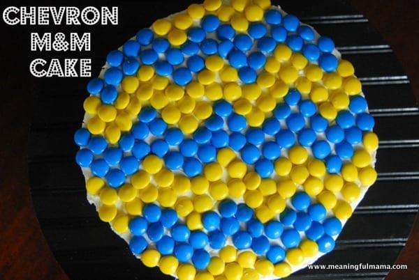 1-#chevron #M&M #cake-034