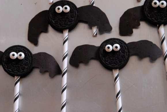 1-#bat oreos #superhero #food #party #Halloween-017
