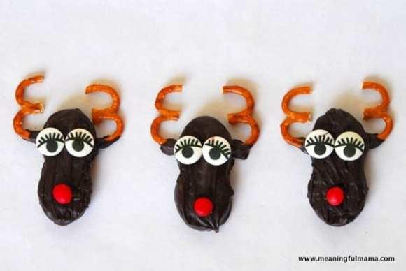 1-#nutter butter #Christmas #treats #snacks #cookies #reindeer-015