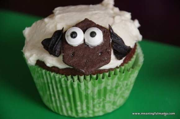 1-#lamb #sheep cupcake decorating marshmallows Feb 6, 2014 1-52 PM