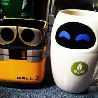 Conjunto de tazas de Wall-E y Eve en 3D