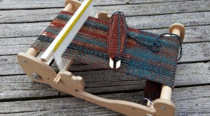 Cricket Loom with Tweed Scarf