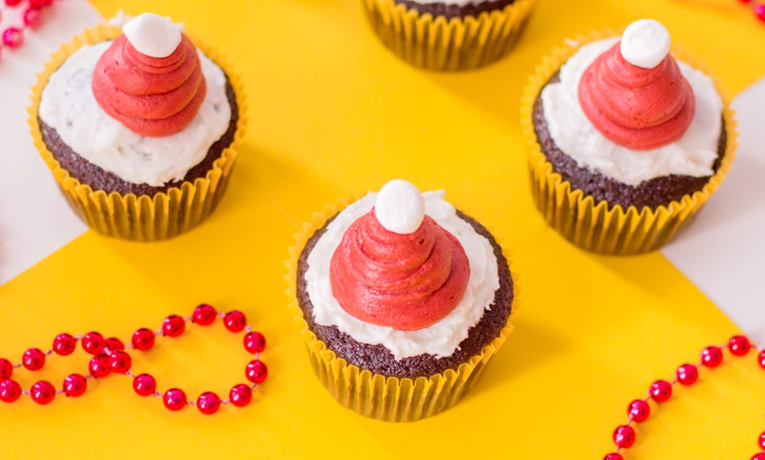 buttercream-santa-hat-cupcakes