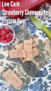 Low Carb Strawberry Cheesecake Protein Bar - keto-friendly, easy and delicious!