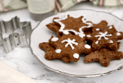Low Carb Vegan Chocolate Peppermint Snowflake Cookies   Meat Free Keto - These low carb vegan chocolate peppermint cookies are perfect for any vegan keto Christmas! These cookies are sugar free, nut free and gluten free!