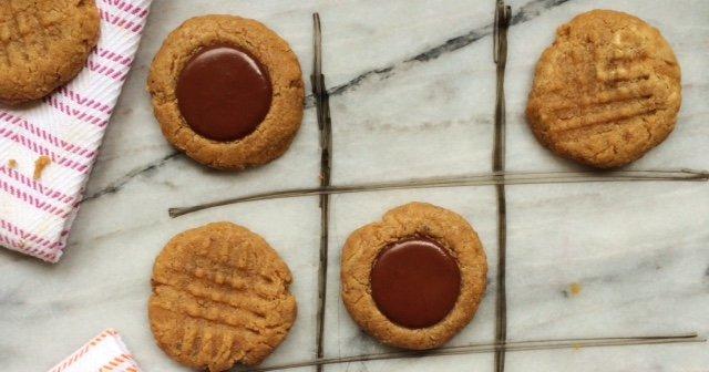 Low Carb Vegan Tahini Cookies