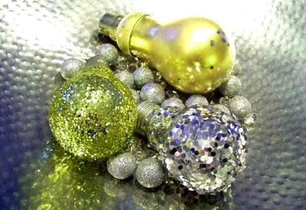 Жылтыр шамдар