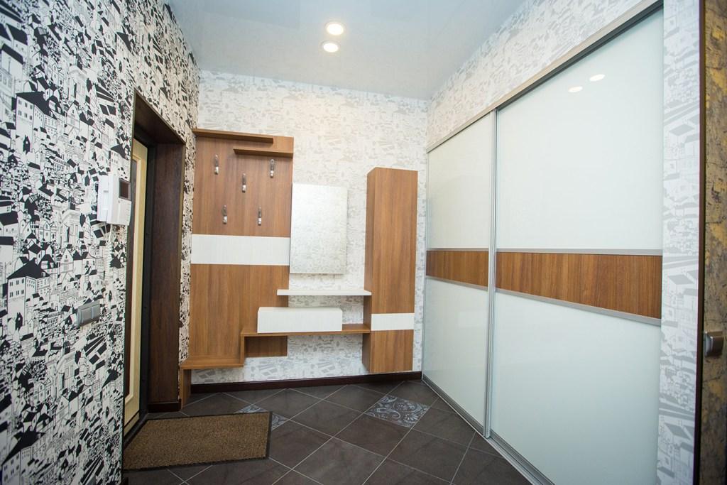 hallway-23-8