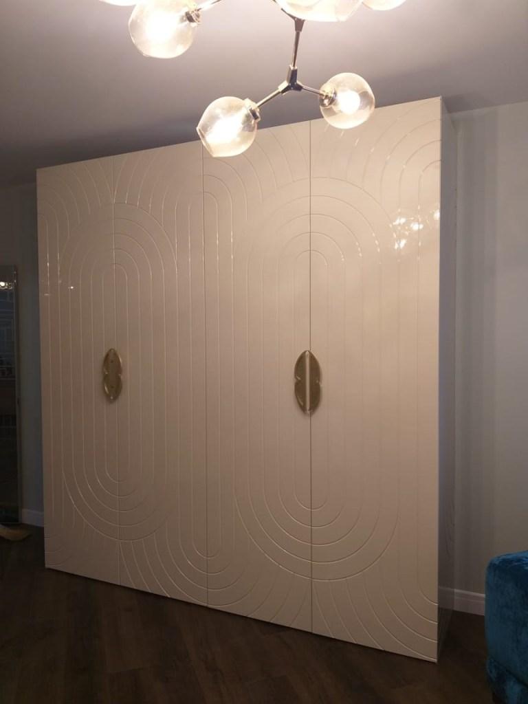 Шкаф 22 распашной с фрезеровкой