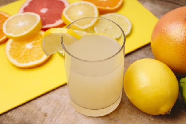 グレープフルーツジュースの飲み過ぎは良くない?血圧を ...